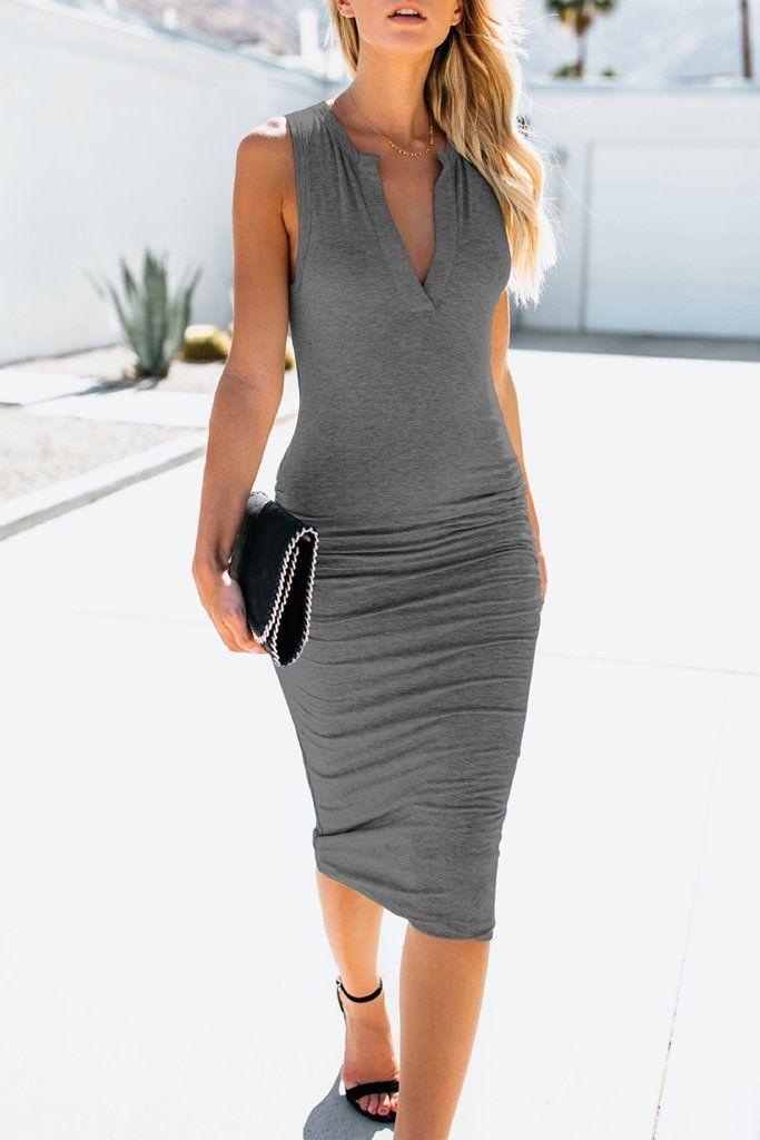 b536c382e9 Casual Solid Color V-neck Sleeveless Midi Dress - WHATWEARS