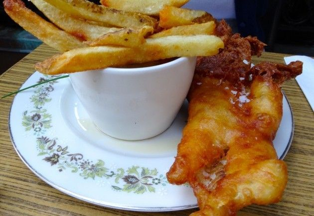 The fish and chips from The Queen and Beaver in #Toronto - http://foodiesinked.com/restaurants/the-queen-and-beaver-public-house/ #food #restaurants #pub #canada