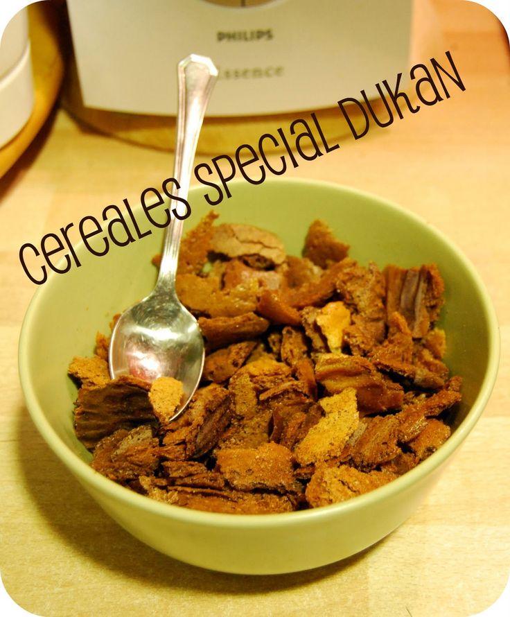 El otro día me levanté con ganas de desayunar cereales crujientes y me puse a buscar recetas y adaptaciones. El resultado es bastante acept...