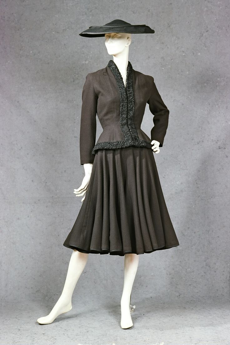 Dior 1947 Fashion 1940s 1950s Pinterest Link And Dior
