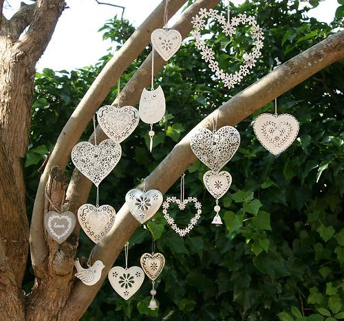 Pretty up and outdoor wedding or give away as favours guests would love - vintage style white hanging hearts | eBay UK