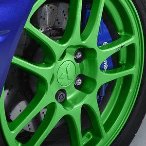 RAL 6037 Pure green impression
