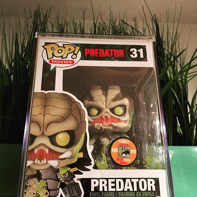"""""""What are you!"""" Ahnuld voice. I got this amazeballs piece of mail now I need the Alien Sdcc one to complete this pair. #predator #classic #sdcc #arnoldschwarzenegger #beast #animal #photooftheday #photography #photoshoot #pops #funko #funkogodfather #movie #film #horror #action #arnoldchonchanegra #sandiego #comiccon #alien #sandiego #sandiegoconnection #sdlocals #sandiegolocals - posted by  https://www.instagram.com/funkogodfatherofficial. See more post on San Diego at…"""