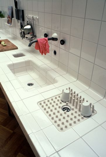 """""""We, as designers, love tiles. And therefore we love the grids created by tiles.."""" http://www.dtile.nl/"""