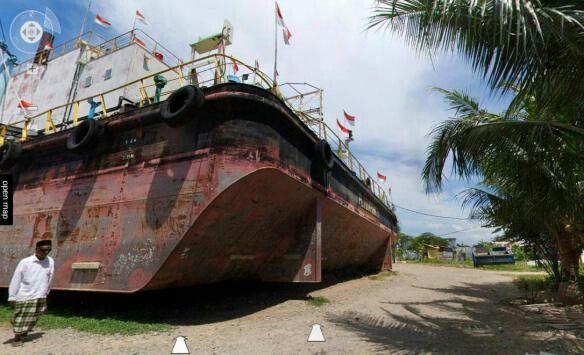 Saksi bisu tsunami aceh, kapal PLTD Apung 1 milik PLN dengan panjang 63 meter berbobot 2.600 ton. Awalnya sebelum tsunami berada di tengah laut, namun karena tsunami, kapal tersebut terseret sejauh 4 km masuk ke daratan.