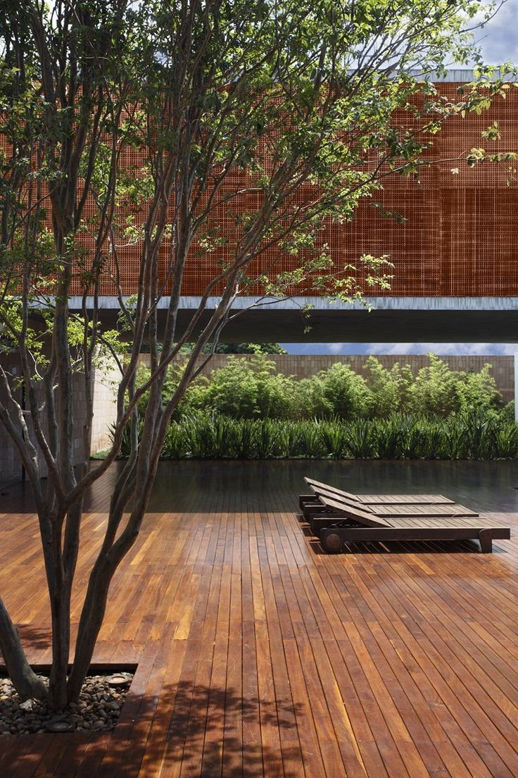 BT HOUSE by Guillermo Torres, Brazil