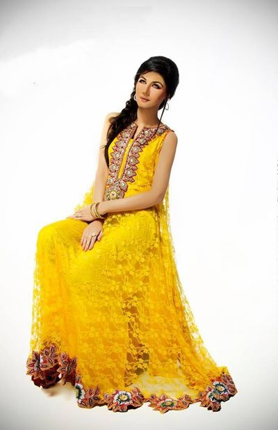 Latest Mehndi Dresses For Bridals 2015 (8)
