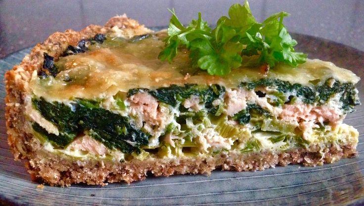 Laksetærte med spinat og feta