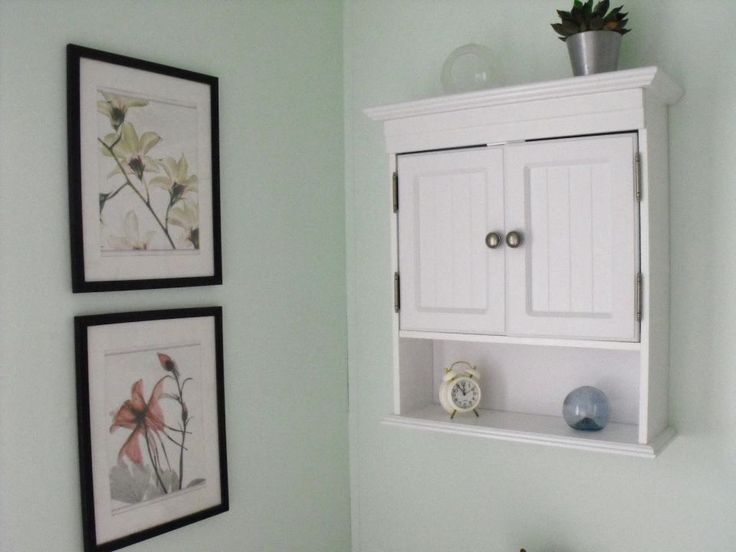 WHITE SMALL BATHROOM WALL CABINET - http://www.homedesignstyler.com/white-small-bathroom-wall-cabinet/