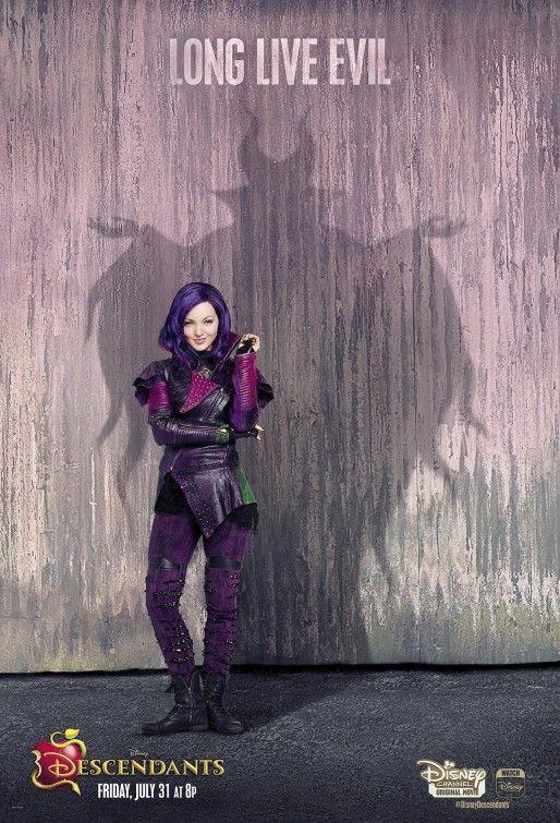 """Descendants"" Mal / Maleficent shadow ""Long Live Evil ..."