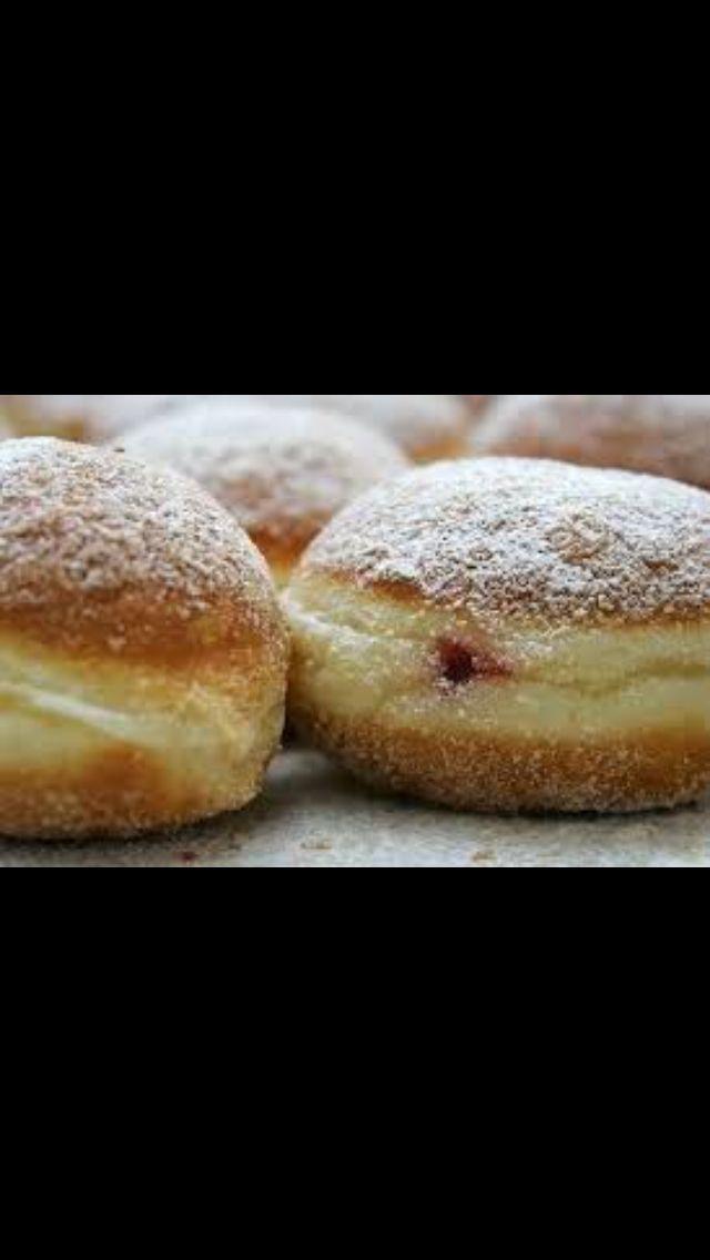 Ancora in cerca di ricette #senzaglutine per #Carnevale?! http://m.alice.tv/ricette/bomboloni-carnevale-senza-glutine/