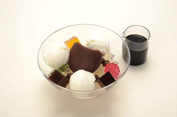 虎屋菓寮から、夏に向けた限定メニュー登場 - 抹茶蜜をかけたかき氷やクリームあんみつ | ニュース - ファッションプレス