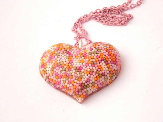 Large Resin Sprinkles Heart Necklace by LilRedsBoutique on Etsy, €15.00