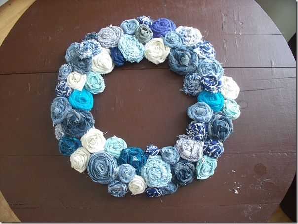 """DIY fabric rose wreath. To learn how to make the actual roses: on the website click on the """"I made fabric roses"""" link."""