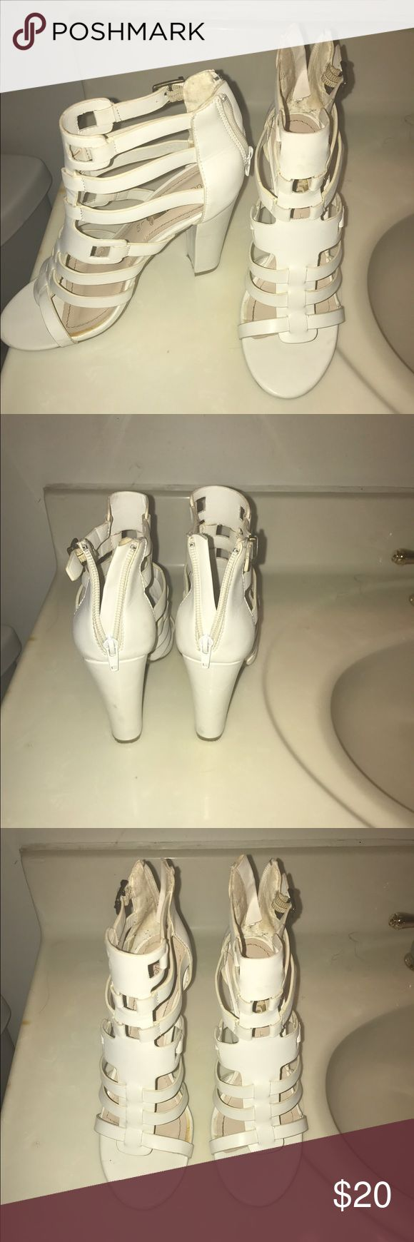 White Rue21 heels White , worn a few times , very fashionable heels Rue 21 Shoes Heeled Boots