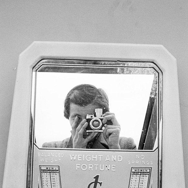 oneliners Self-Portrait by Vivian Maier with a Robot camera -------------------------------------------------- #vivianmaier #findingvivianmaier #selfportrait #photographer #oldcamera #filmcamera #vintagecamera #vintage #vintagestyle #cameras #cameralover #photography #cameraporn #ishootfilm #filmisnotdead #believeinfilm #keepfilmalive #thefilmcommunity #vivianmaierportrait #6x6 #streetphotography #oldcameras #vintagecameras #analoguecamera #analogcamera #autoportrait #slr #slrcamera