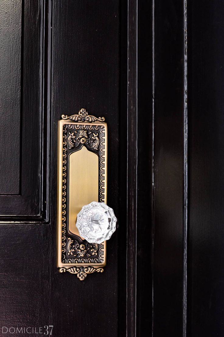 Crystal door knobs on french doors - Adding A Vintage Touch With Nostalgic Warehouse Vintage Door Knobsvintage Doorsbasement