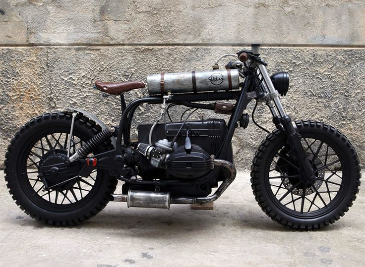 delux motorcycles wanted to approach this BMW R65 build in a similar fashion to a 'mad max' vehicle, by using anything they could get their hands on.