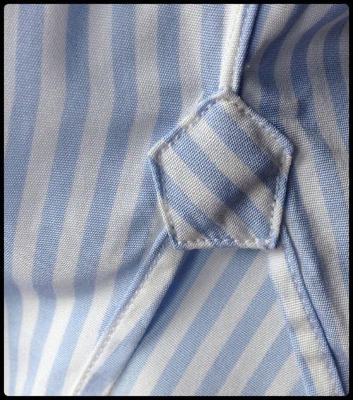Detail of a bespoke shirt - gusset