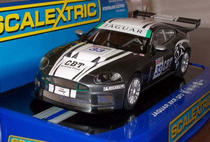 Jaguar XK Slot replica Brand Scalextric
