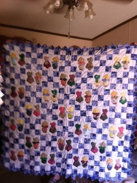 handmade quilts for sale | SUNBONNET SUE & OVERALL SAM HANDMADE QUILT