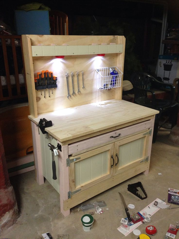 """DIY kids work bench. I want of these in the new garage for the kids, so they can all """"help"""" Dad!"""
