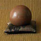How to Create a Dorodango (Shiny Mud Ball)  that becomes hard and is a conversation piece!  Made by children in Japan...a patience exercise!