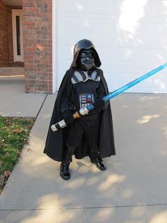 DIY Project Crazy: Home Made Darth Vader Costume. Detailed instructions how to make each piece of the costume! Helmet, mask, shoulder piece....