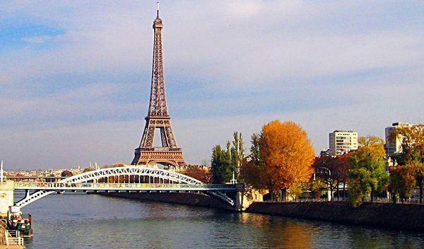 Trải nghiệm mùa thu khó quên – Thu Châu Âu   Saigon Travel #Paris #France #thapEiffel #beautifulplace #SaigonTravel #DuLich #whereveryoulike #justgo www.saigon-travel.com