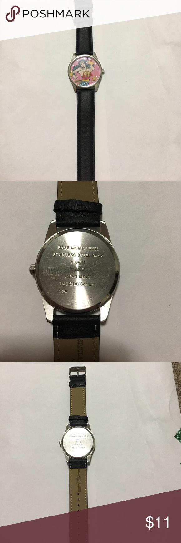 Wonder Woman watch Fun Wonder Women watch! Simulated Leather, stainless steel back. Fun watch! Accessories Watches