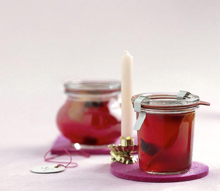 Rezept für Glühweingelee bei Essen und Trinken. Und weitere Rezepte in den Kategorien Gewürze, Obst, Alkohol, Brunch / Frühstück, Eingemachtes, Einmachen, Kochen.