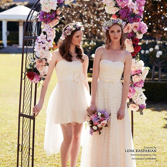 Pretty bridesmaids or flower girls call it what you like! They are just so pretty.... 🌼💐🌷🌸👰🏼 #lkbrides #lkbridesmaids #pretty #sweet #soft #timeless #spring #flowers #lenakasparian Book your consultation today for a private sit down with the designer and discuss all things lace and pearls for your wedding gown 86773822 info@lenakasparian.com