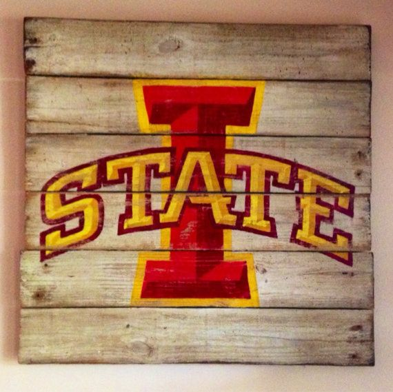 Iowa State University Wall Hanging / Iowa State by PalletsandPaint