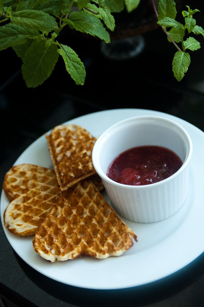 Norwegian lazy breakfast – Waffles | LITTLE SCANDINAVIAN