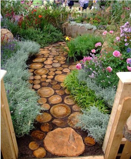 Put together a gorgeous garden path from weatherproofed wood scraps.