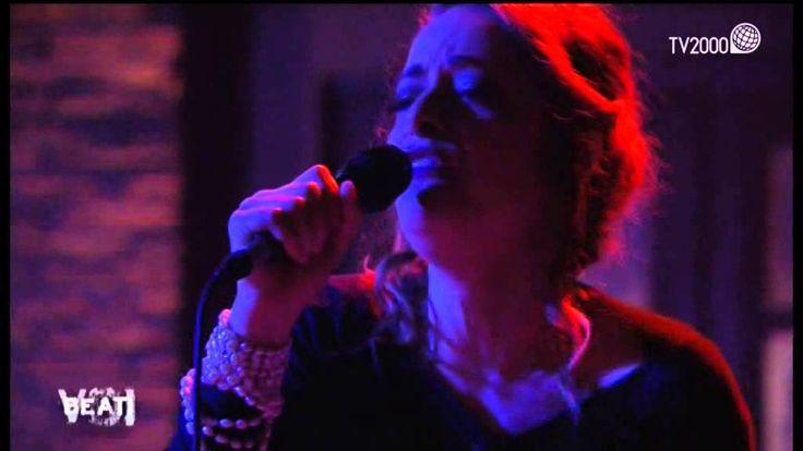 """Beati Voi. Pilar canta """"Il sogno di Maria"""" di Fabrizio de Andrè"""