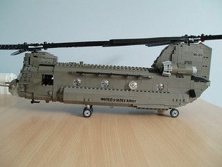 LEGO CH-47D Chinook Helicopter (3)