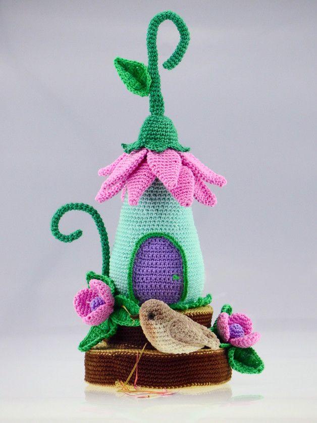 Häkelanleitung: Kleines Häuschen, Deko / crocheting instruction: little house, decor made by Colita via DaWanda.com