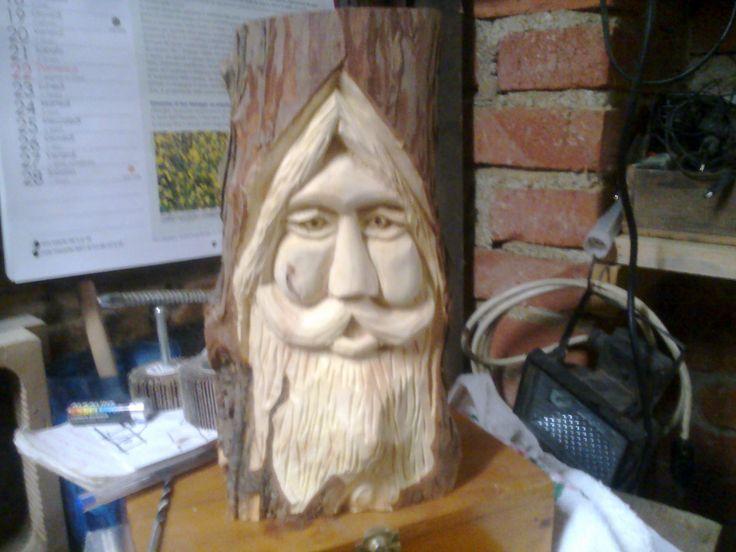 spirito del bosco in legno di tasso