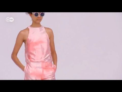Die Schau der Modedesignerin Ioana Ciolacu | Euromaxx