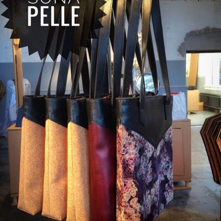 Handgemaakte shopper tas, combinatie van kurk en leer