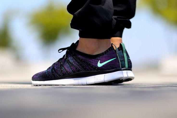 Nike Flyknit Nsw