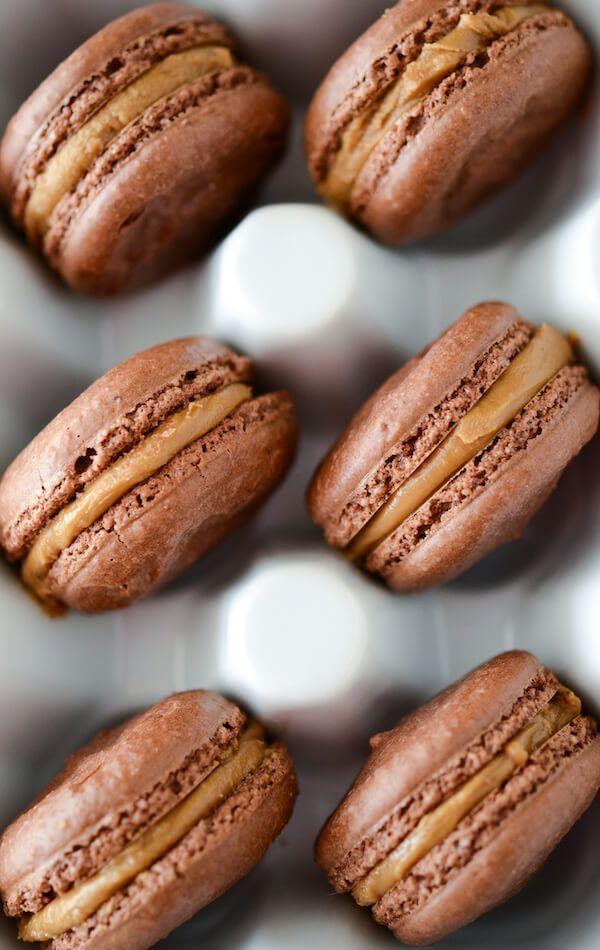 Chocolate Biscoff Macarons from thenovicechefblog.com