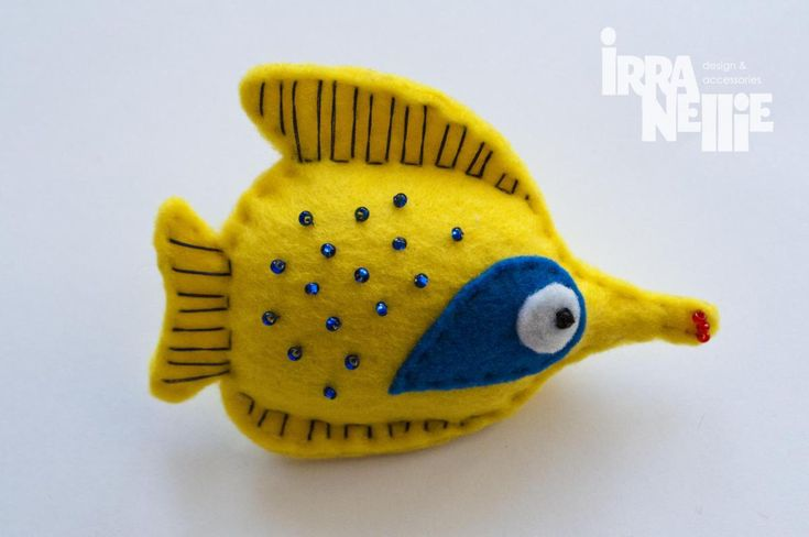 Fish, butterflyfish, felt fridge magnet, yellow, sea creatures collection