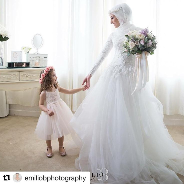 #Repost @emiliobphotography with @repostapp ・・・ A woman's dream realised, a young girls dream is born ❤️. Image @emiliobphotography | Makeup @jennydo_ | Veil @veiledbyzara | Florals @stemsbyabby | Headpiece @bridelaboheme #emiliobphotography #bride #hijab #hijabbride #flowergirl #bouquet #allwhite #natural #candid #weddingphotography #weddingphotographer #weddingblogger @bridesjournal @inspiremeweddings @brides_selection @bridalbutterflyy