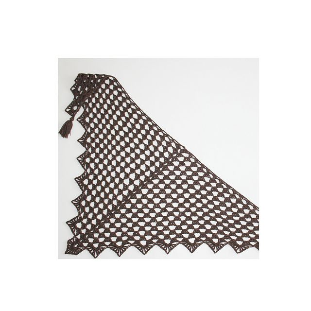 Ravelry: Pretty Triangle Scarf pattern by Kim Miller