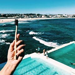 Those fresh Bondi feels, bought to you by Australia's own #activatedcharcoal oral care 💦 #makethechange // 📸: @thesaltcartel