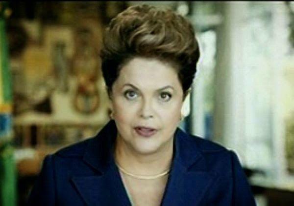 Folha Política: Dilma anuncia correção na tabela do Imposto de Renda e reajuste no Bolsa Família