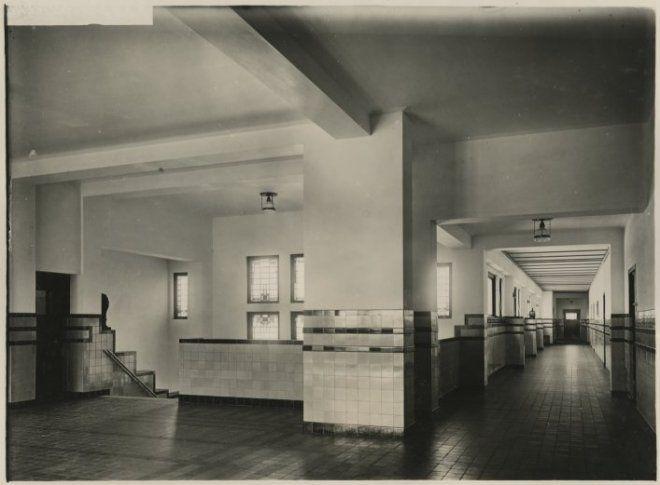 Ca 1925 interieur zonnebloemschool 29a6b83f cfe8 068b for Loft interieur den haag