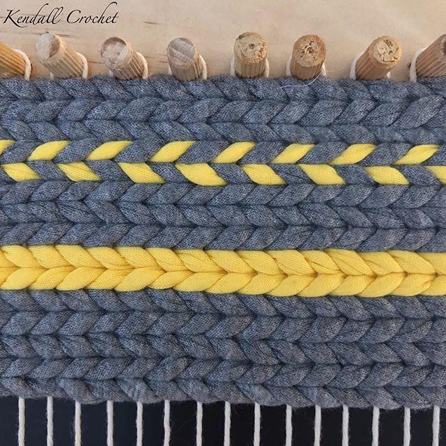 Thought I would try a #twinedrugs with #tshirtyarn  #kendallcrochet #crochet #knitting #crochetrug #crochetbasket #fiberarts #ragrug